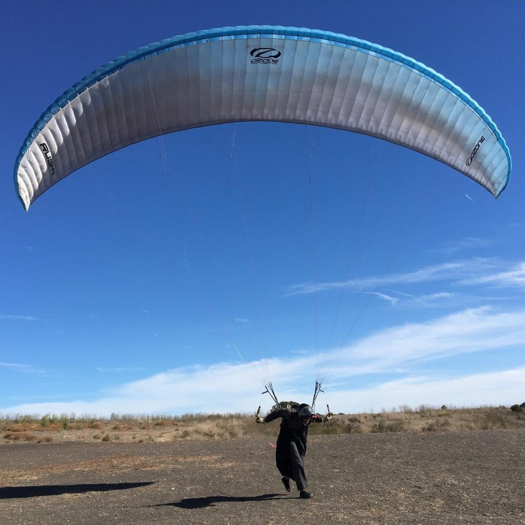 USED Ozone Rush 4 Small, for aspiring Paraglider Pilots! EN-B certified glider - main image