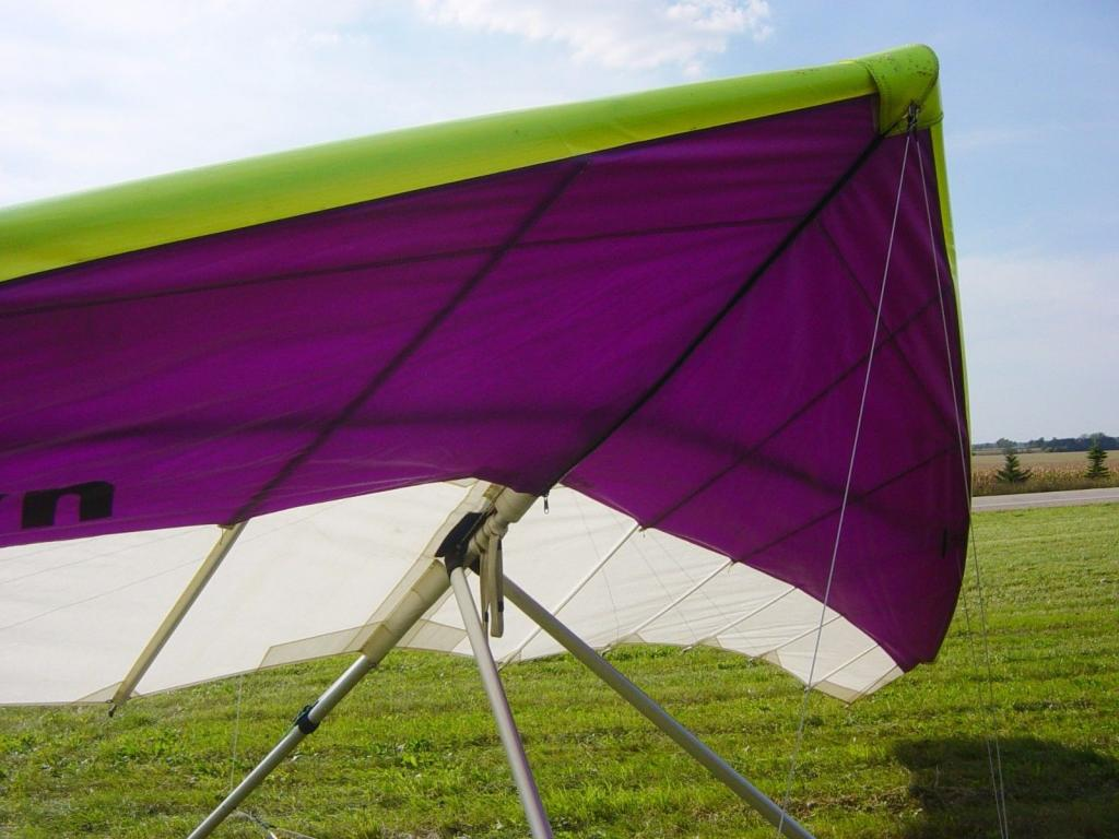UP/ALTAIR SATURN 147 Hang Gliding Novice Glider with VG --- Very Good Condition - main image