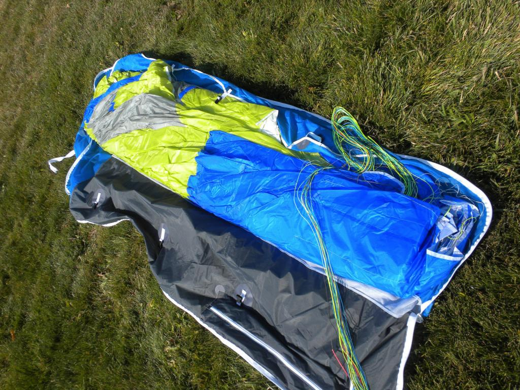 2017 777 Rook 2 paragliding wing ML95-115kg excellent condition less than 5 Hrs - extra images