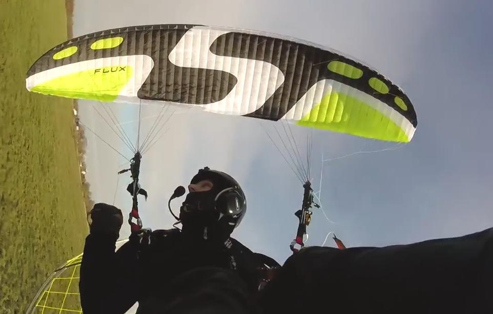 paraglider sky flux small <10hrs used, paramotor wing - main image